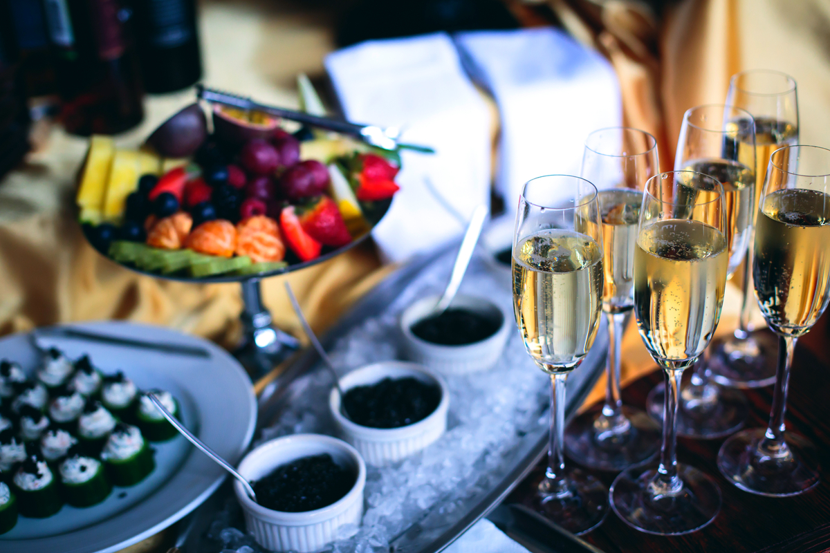 Food and drink pairing for Mykonos events